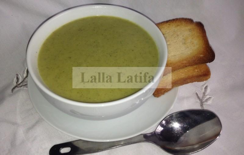 Les secrets de cuisine par lalla latifa velout aux brocolis et la courgette - Veloute brocolis thermomix ...