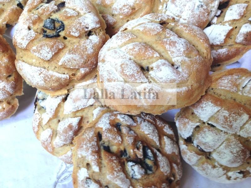 Les Secrets De Cuisine Par Lalla Latifa Pain Complet Aux Olives
