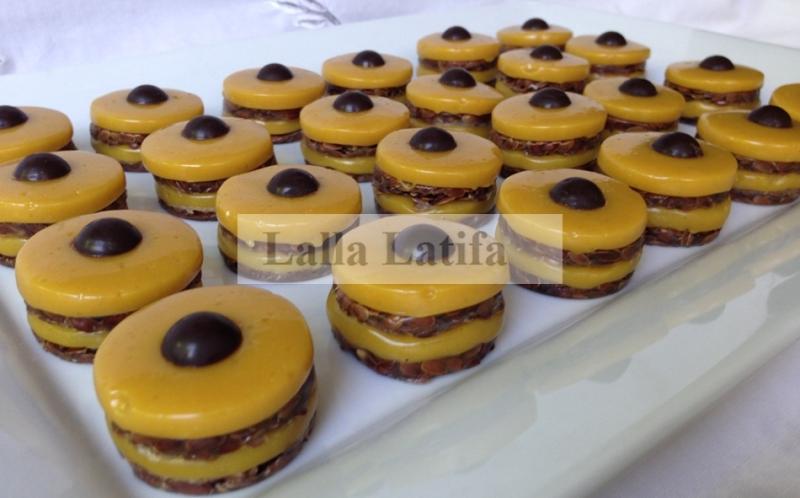 Prestige caramel \u2013graines de lin, un gâteau de thé prestige sublime où le  mixage du mou le caramel et le croquant le nougat est exquis, sans oublier  tous